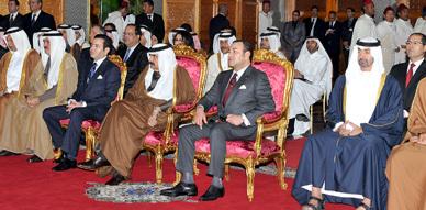 جلالة الملك وأمير قطر يترأسان مراسم التوقيع على 4 اتفاقيات للتعاون الثنائي
