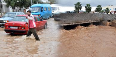 أمطار فيضانية وسيول جارفة تجتاح إقليم الناظور ليلة أمس وصبيحة اليوم