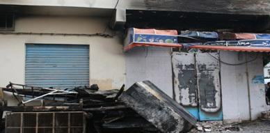 حريق مهول يلتهم محل تجاري بالعروي خاص ببيع المواد الغذائية