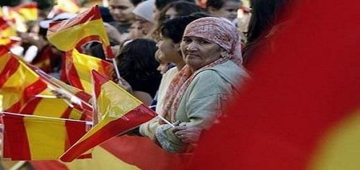 المغاربة في صدارة قائمة الأجانب المسجلين بمؤسسات الضمان الاجتماعي في اسبانيا