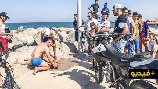بالفيديو.. إنقاذ شاب من الغرق في مياه بحيرة مارشيكا ونقله الى المستشفى الحسني