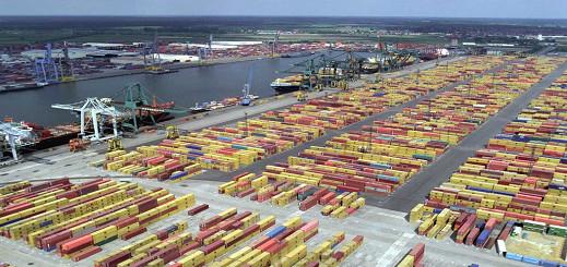 عمال ميناء انتويربن يعثرون على 880 كيلوجرام من الكوكايين داخل حاوية تجارية