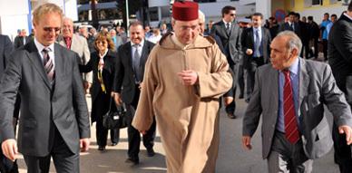 مجموعة الصداقة المغربية البلجيكية تشرف على عملية ختان 120 طفلا معوزا بالمستشفى الحسني بالناظور