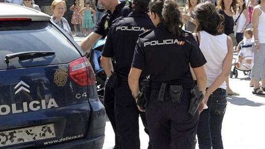 الشرطة الاسبانية تلقي القبض على موثقة مغربية استولت على أزيد من 2 مليون يورو