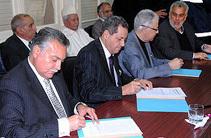 """أحزاب التحالف الحكومي توقع على """"ميثاق الأغلبية"""""""