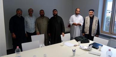 جمعية اتحاد الأئمة تعقد لقاءا تواصليا مع رؤساء وأئمة المساجد بفرانكفورت