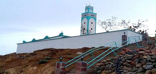 بناء مسجد ضواحي الحسيمة يجر مواطنا مقيما بالخارج  الى القضاء