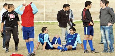 فريق الإتحاد الرياضي الناظوري لكرة القدم  يتقدم بشكاية ضد موظف إلى رئيس المجلس البلدي ويحمله مسؤولية تداعيات عدم إجرائه لمقابلة برسم منافسات البطولة