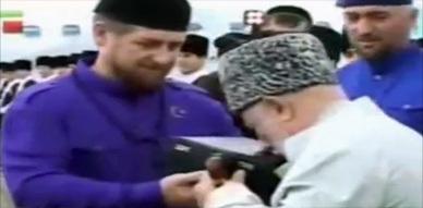 استقبال اناء النبي محمد صلى الله عليه وسلم في الشيشان