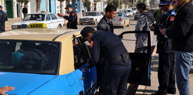 الشرطة تحاول منع معطلي فروع الريف من الوصول إلى مسيرة الناظور