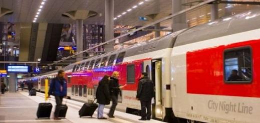 مصرع طفل دفعه رجل مجهول تحت عجلات قطار بألمانيا