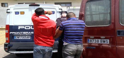 الحرس المدني الإسباني يوقف مغربيين يهربان مهاجرين بدراجات جيتسكي