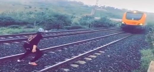 قطار يصدم شخصا صبيحة العيد بالناظور والوقاية المدنية تنقله في حالة حرجة الى المستشفى