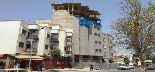 بعد توقيف إضافة طابقين لعمارة سكنية بالناظور.. هل ستسقط ورقة التوت التي تغطي فضائح التعمير