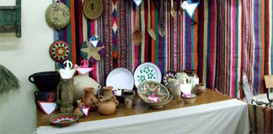نادي التراث يتألق في تنظيم معرض الترا ث الأمازيغي  بالثانوية التأهيلية بودينار