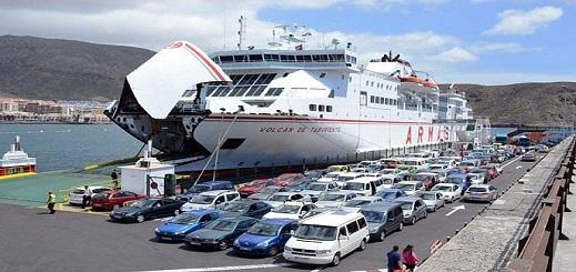 اكتظاظ غير مسبوق بميناء مليلية بعد بلوغ عدد مركبات المهاجرين المغاربة العائدين 1400 سيارة