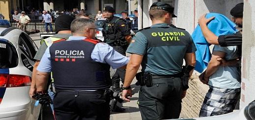 إسبانيا تُفكك شبكة تُهرب الحشيش من شمال المغرب إلى ماربيا