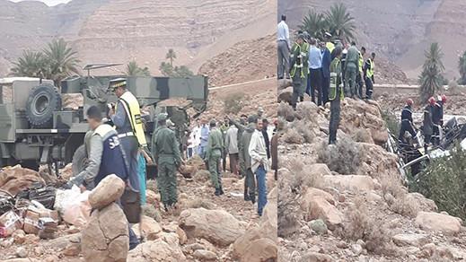 مصرع 6 اشخاص في حادث غرق حافلة لنقل المسافرين