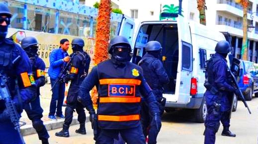 خطير.. الاستخبارات ترصد استغلال خلية إرهابية لمواقع جبلية لصناعة المتفجرات بالدريوش