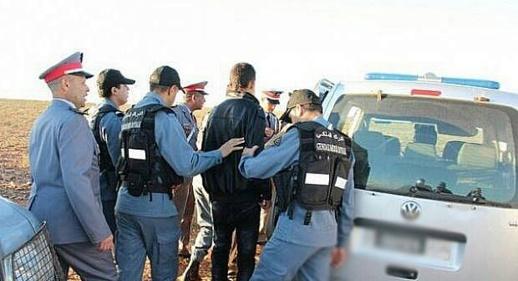 درك العروي يعتقل لصا متلبسا بسرقة سيارة بطريقة مثيرة