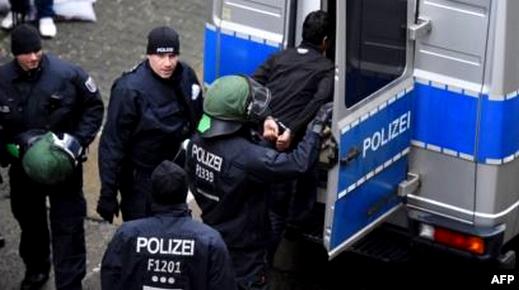 """نفذوا عمليات سطو على الأبناك .. القضاء الألماني يدين مغاربة ينشطون ضمن عصابة """"أودي"""" بالسجن النافذ"""