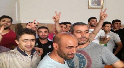 بعد لقاءات ماراطونية.. هيئة الدفاع تنجح في إقناع رفاق الزفزافي بتعليق الإضراب عن الطعام