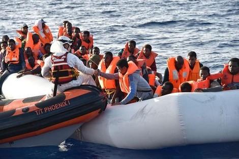 مصرع طفل يبلغ 6 سنوات كان على متن قارب للهجرة السرية انطلق من سواحل الشمال