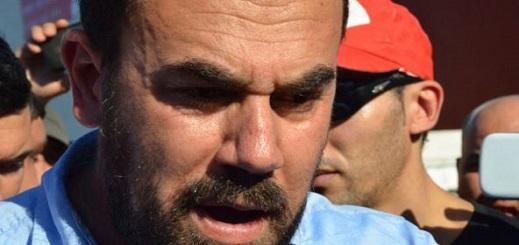 """الزفزافي يهدد بـ""""معارك نضالية غير متوقعة"""" في حال عدم ترحيله ورفاقه إلى سجن الناظور"""