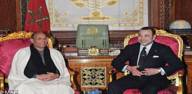 جلالة الملك يستقبل الرئيس التونسي ويجري مباحثات معه