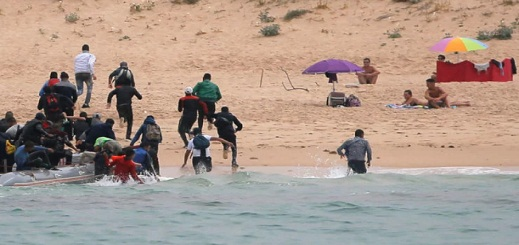تقرير اسباني يبرز دور المغرب في تقليص وصول المهاجرين إلى أوروبا