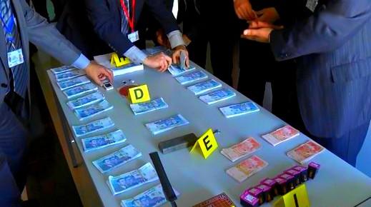 الأمن يضع حدا لنشاط عصابة تنشط في تزوير وترويج العملة الوطنية والهجرة السرية