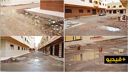 بعد انطلاق عملية تزفيت مجموعة من الشوارع.. سكان لعراصي يطالبون من جماعة الناظور بتحسين البنية التحتية لحيهم