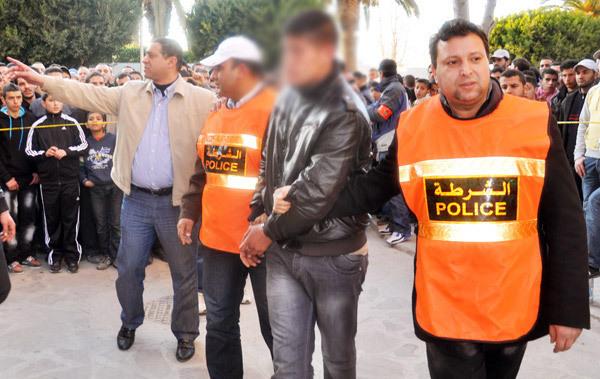 إعادة تمثيل جريمة حي الخطابي بالناظور بعد تمكن السلطات الأمنية من اعتقال المجرمين