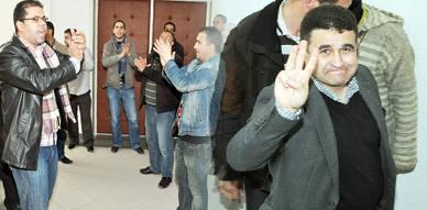 معطلو الفرع المحلي بالناظور ينجحون في نسف دورة المجلس البلدي