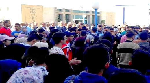 استقبال وزير التعليم بالمدرسة الوطنية للعلوم التطبيقية بالحسيمة باحتجاج طلابي غاضب