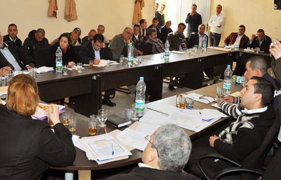 مجلس جماعة بني شيكر يصادق على الحساب الإداري خلال دورة فبراير العادية