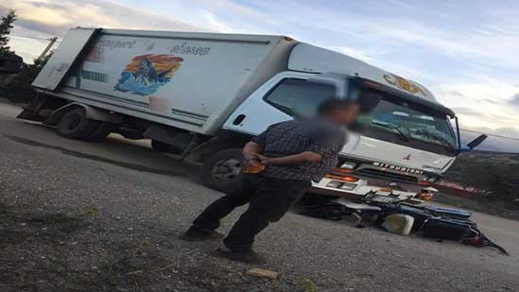 شاحنة  لنقل الأسماك تزهق روح شاب في مقتبل العمر بجماعة تمسمان