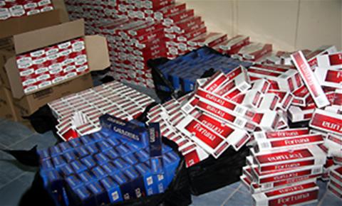 ضبط شحنة كبيرة من لفافات التبغ المهرب تفوق قيمتها 4 ملايين