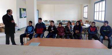 نادي أصدقاء مركز الإرشاد بإعدادية بني انصار  في لقاء تواصلي حول الأسرة والمدرسة