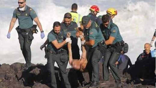 ضمنهم مغاربة.. مصرع ستة مهاجرين غرقا إثر تحطم قاربهم على صخور سواحل جرز الكناري