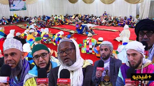 """شاهدوا بالفيديو.. أجواء  """"الحضرة"""" في الزاوية  الكركرية بالعروي إحتفالا بذكرى المولد النبوي"""