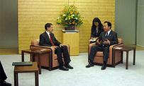 سعد الدين العثماني يتباحث مع الوزير الأول الياباني