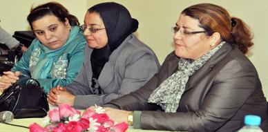 إعدادية الزرقطوني بجعدار تحتفي بنساء الناظور في يومهن الأممي