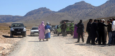 وزارة الداخلية تمنع قافلة جمعية العروي للتضامن  من توزيع المساعدات بجماعة لقصابي إقليم ميسور بولمان