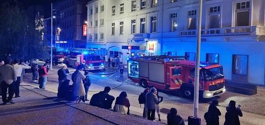 إخلاء فندق من نزلائه ببروكسل بعد اندلاع حريق مهول داخله