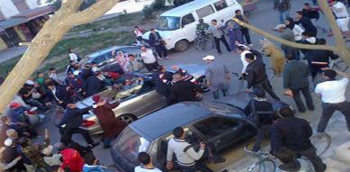 فيديو مرور الملك محمد السادس بسيارته الرياضية بإحدى شوارع مدينة خريبكة يثير ضجة كبيرة