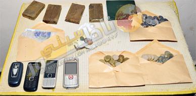 عناصر أمن أزغنغان تحجز كمية 400 غرام من المخدرات على متن سيارة وتعتقل سائقها