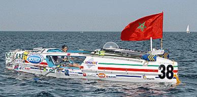 الناظوري سعيد بن عمار يحقق إنجاز عبور المحيط الأطلسي بالتجذيف