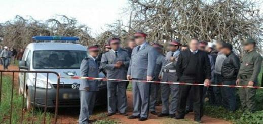 إيقاف 4 أشخاص بأحفير للاشتباه في علاقتهم بواقعة العثور على جثة خمسيني من نواحي الحسيمة