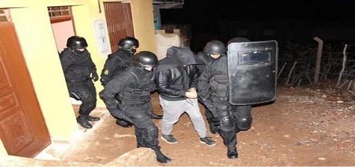 """الداخلية: متطرفون كانوا يحضرون لقاءات ليلية تعقدها خلية """"الناظور"""" الإرهابية بالمدن المجاورة"""